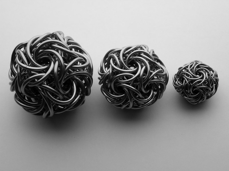 moorish rose balls made of chainmaille