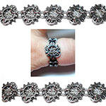 http://www.bluebuddhaboutique.com/images/page/kit-item-extras/Hyperlynks-micro-cogs-bracelet.jpg