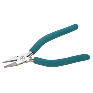 1 pair Wubbers Medium Flat Nose Pliers