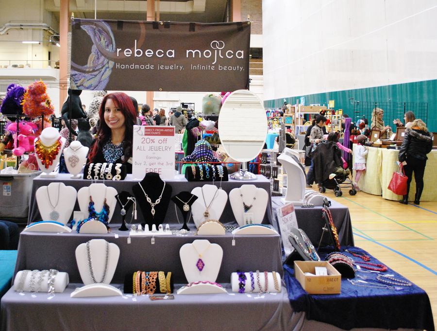 jewelry booth at indoor craft show
