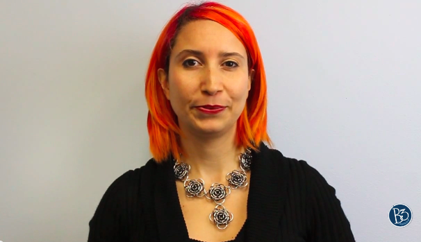 Rebeca Mojica wearing chainmaille necklace - black, grey, silver