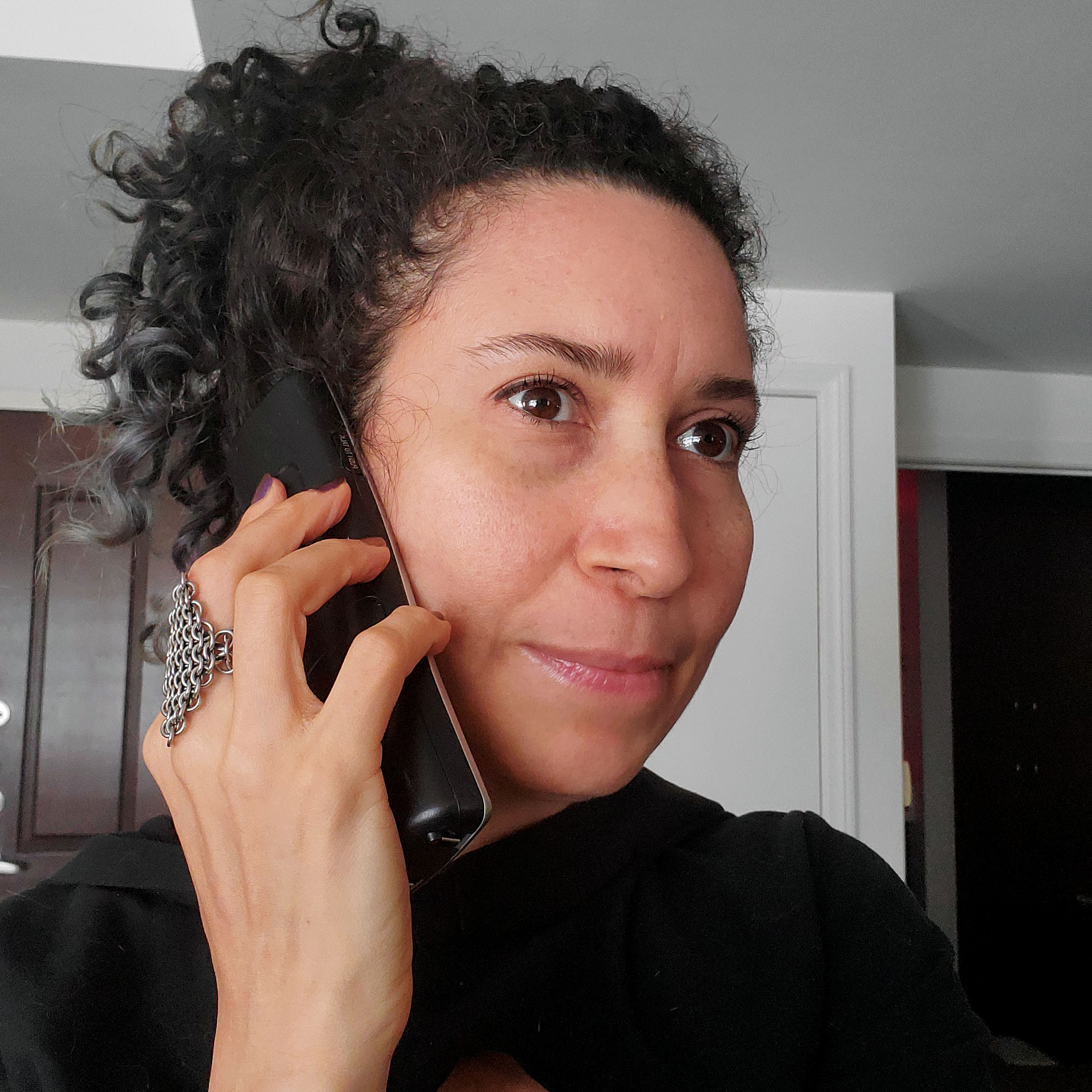 rebeca-on-phone