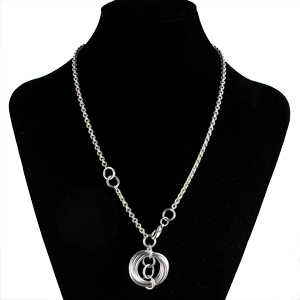 simple aluminum chainmaille necklace for beginners on black neckform