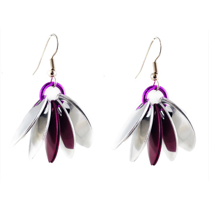 easy scalemaille earrings with alumium and purple scales